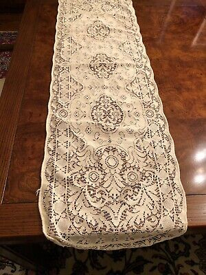 Vintage Quaker Lace Off White Table Runner - Floral Pattern