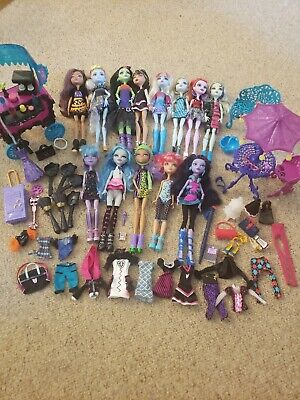 Lot Of 13 Monster High Ever After Dolls Clothes Accessories Parts Cafe Furniture