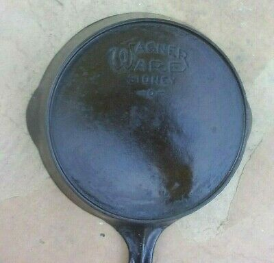 Vintage WAGNER WARE Cast Iron SKILLET Frying Pan # 4 SIDNEY Heat Ring