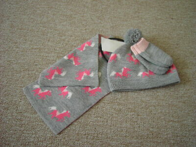 Marks and Spencer Horses Hat Scarf &  Mittens Set Age 6-18 months  BNWT