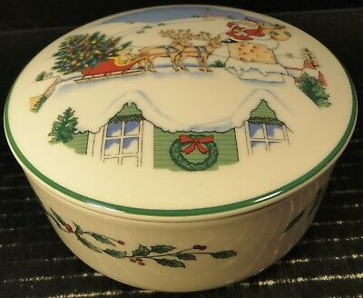 Nikko Happy Holidays Accent Bowl w/ Lid Round Box Christmas Tree Japan EXCELLENT