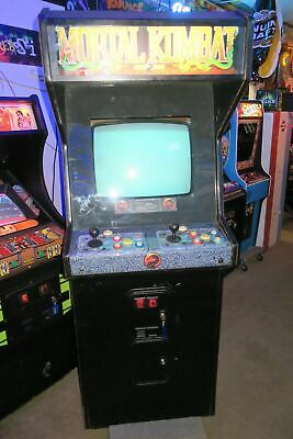 Nice Mortal Kombat Commercial Coin Operated Arcade Game.