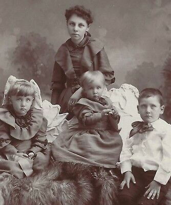 Old Vintage Antique Cabinet Card Photo Young Children Brother & Sisters Illinois