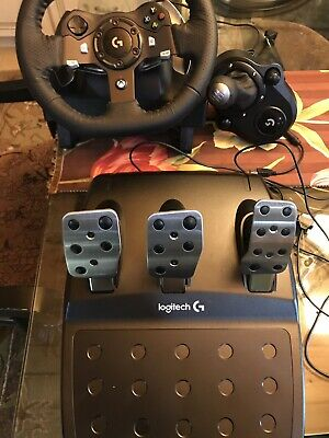 Logitech G920 Driving Force and Shifter