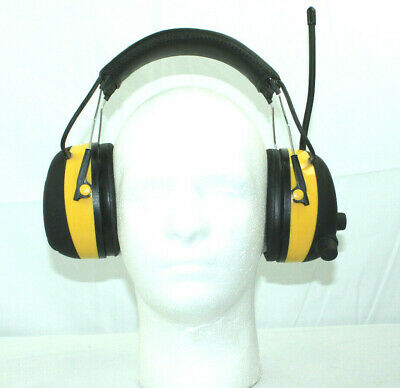 3M TEKK WorkTunes Hearing Protector & Headphones - MP3 Compatible AM/FM Tuner