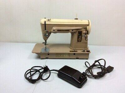 Vintage 1950's Singer Sewing machine 404 Slant Needle Sews smooth!