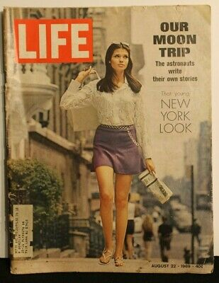 Life - August 22, 1969 Our Moon Trip, The Astronauts Stories, Young New York