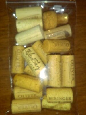 New Set Of Wine Corks For Decoration Purposes (Approximately 15-16 In Bag) (G)