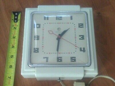 Vintage Telechron Electric Art Deco WALL CLOCK, Model 2h25 Working