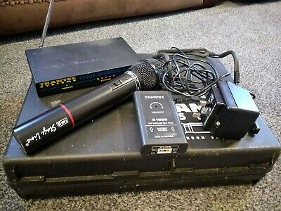 Trantec S1000 Headset and Handheld Wireless Microphone Set