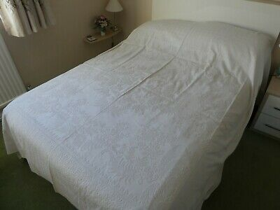 Double Vintage / Antique white linen Bedspread with Jacquard pattern