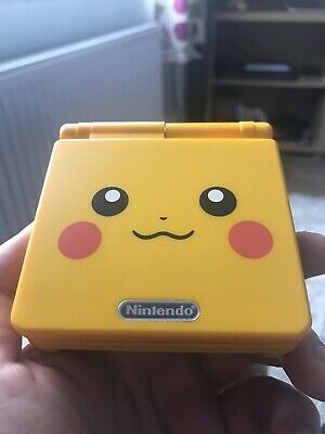 Nintendo Game Boy Advance SP Pokemon Pikachu (GBA SP)