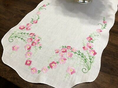 Vtg Hand-Embroidered Pink Daisy Floral Dresser Scarf or Table Runner (RF992)