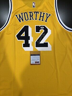 differently 3a2b5 ef3c9 JAMES WORTHY AUTOGRAPH | Signed Los Angeles Lakers Jersey PSA/DNA COA