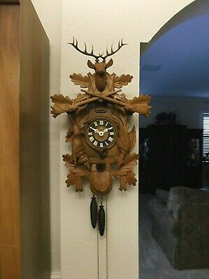 """Lg 24"""" VINTAGE BLACK FOREST GERMANY 1-DAY WOOD CARVED HUNTER STYLE CUCKOO CLOCK"""