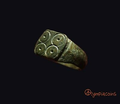 ** VERY FINE **  Ancient Roman Bronze ** GAMBLERS ** ring  III-IV Century AD