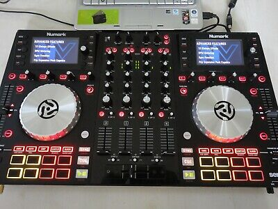 LAPTOP WITH VIRTUAL Dj Pro, 3000 Karaoke, Video, 5000 Songs