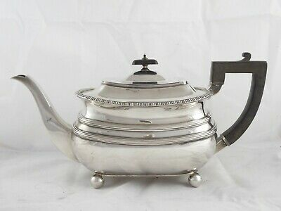 SMART ENGLISH  ANTIQUE GEORGIAN STYLE SOLID STERLING SILVER TEAPOT 1908 695 g