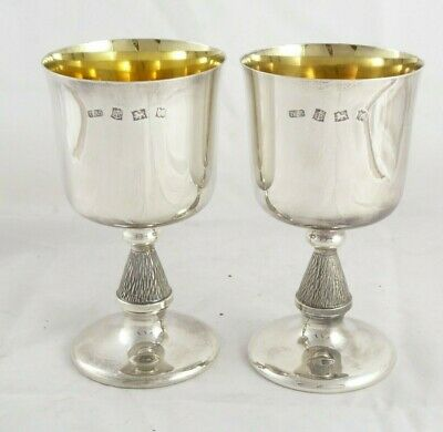 PAIR OF CASED SOLID STERLING SILVER WINSTON CHURCHILL GOBLET CUPS 1973 314 g
