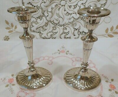 Good Pair of Walker & Hall Silver Plated Oval Fluted Candlesticks c1899