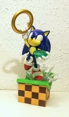 Diamond Select Gallery SONIC THE HEDGEHOG + TAILS GAMESTOP EXCL. PVC Statue