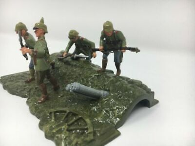 """BRITAINS # 41104 - WW1 GERMAN TRENCH """"OVER THE TOP"""" 1914 - MIB - Never Opened"""