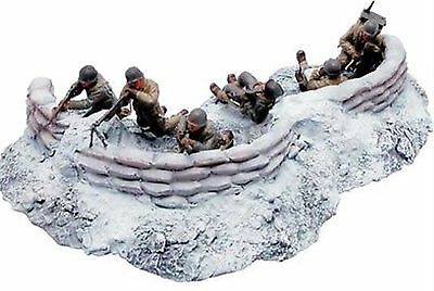 Britains 17499 HOLD TO THE LAST ROUND - BATTLE OF THE BULGE - Mint in Box