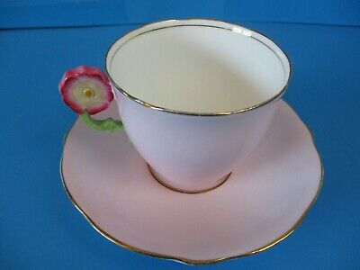 Aynsley Flower Handle Cabinet Cup & Saucer Wonderful Condition