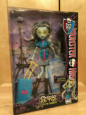 "MONSTER HIGH ""SCARIS CITY OF FRIGHTS FRANKIE STEIN"" DOLL Brand new"