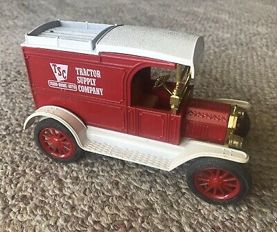 TRACTOR SUPPLY MODEL T Car ERTL 1913 Coin Bank Diecast Metal New
