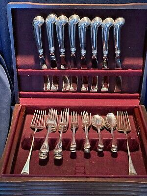 Williamsburg Shell By Stieff Sterling Silver Flatware Set For 8 With Servers