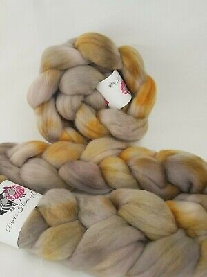 Hand dyed Merino roving, wool top, 100 g, GOLD MINES