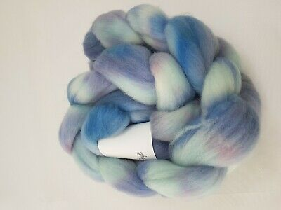 Hand dyed Merino roving, wool top, 100 g, MONDAY BLUES