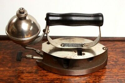 Antique 'The Diamond Iron' Kesoline Iron By The Akron Lamp Co [5412]