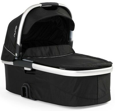 Nuna Ivvi BRAND NEW Caviar Carry Cot Bassinet RRP $399.00