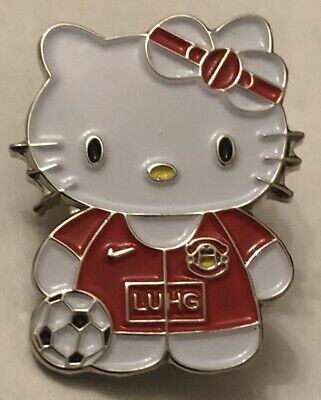 Manchester United Hello Kitty Nice Collectable Football Pin Badge