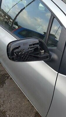 2007 Toyota Yaris Mk2 Os Driver Side Electric Side Mirror