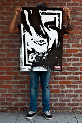Shepard Fairey ♦ Obey Ripped 2001 ♦ Litho Offset Signee Obey Giant Mint