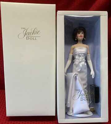 Franklin Mint The Jackie Kennedy Doll White Satin Gown & Box