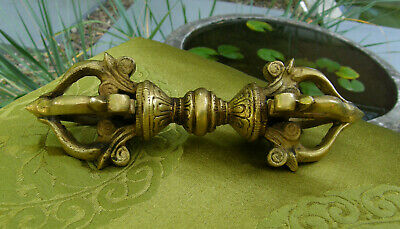 Very Beautiful Fine and Massive Brass Vajra/Dorje from Nepal 6 1/8in, 300gr