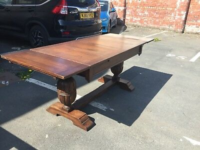 Large Antique  Oak Bulbous Leg Extending Dining Table Draw Leaf Christmas Lunch