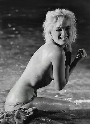 Marilyn Monroe Unseen Nude In Pool Sgtg  (1) Rare 5X7 Fine Art Photo