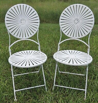 Pair Set 2 Antique/Vtg White Iron Indoor/Outdoor Patio Folding Chairs