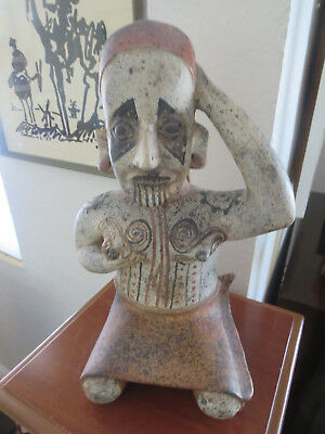 Reproduction PRE-COLUMBIAN JALISCO FEMALE FIGURE