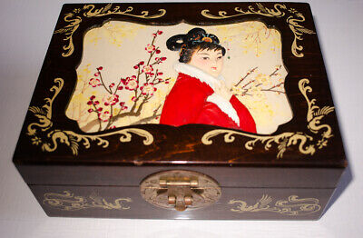 Oriental Asian Japanese VINTAGE wooden carved painted GEISHA jewellery box 5x8in