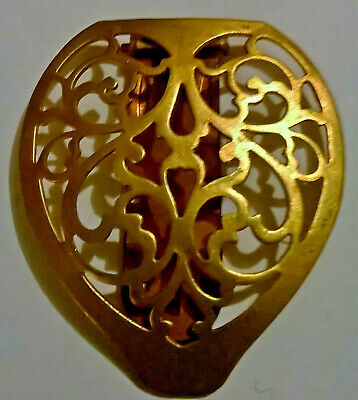 Vintage Art Deco Gold Tone Filigree Heart Shaped Dress Fur Clip Brass