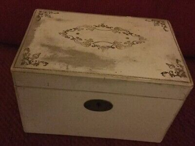 Lovely antique or vintage wooden / wood Tea Caddy BOX. Needs Some TLC.