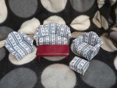 DOLLS Doll HOUSE Lovely FURNITURE - SETTEE, 2 x CHAIRS, TABLE and POUFFE