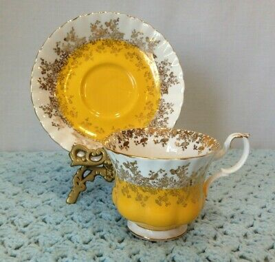 Royal Albert Bone China Tea Cup & Saucer Regal Series Yellow Gold Lace Trim