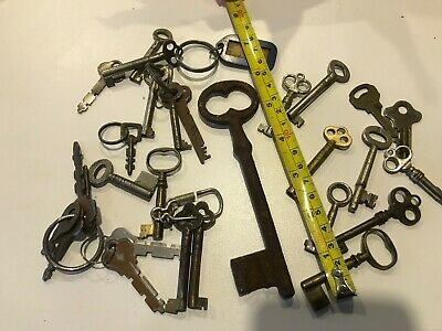 Vintage Key Collection 27 Inc Large Antique French Key & Brass Drawer Locks